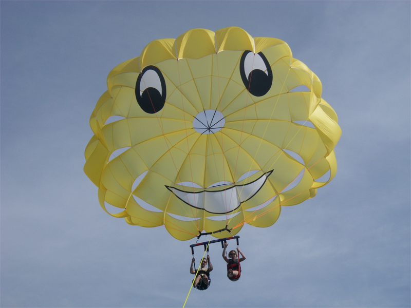 2_parasailing_with _Johns_Pass_Parassail
